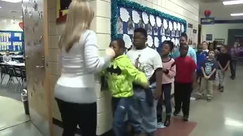Teacher Has a Special Handshake for Each of Her 22 Students