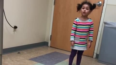 Little girl turns hospital visit into comedy show