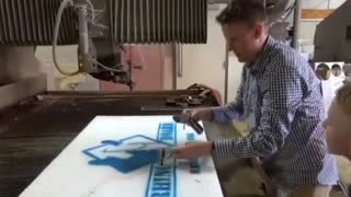 Pistol v.s. Waterjet - Video
