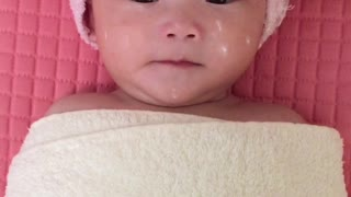 Baby facial treatment session is just too adorable