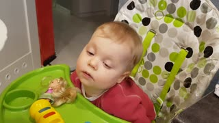 Cute Baby Laura Fighting Sleep FAIL - Video