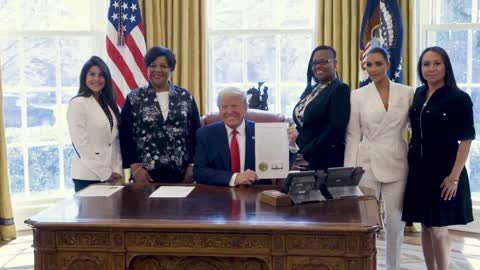 Trump meets with four women who were granted clemency