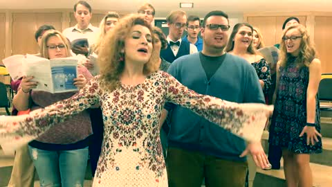Talented Student-Professor Choir Covers Beyonce's 'Halo' In A Capella Style