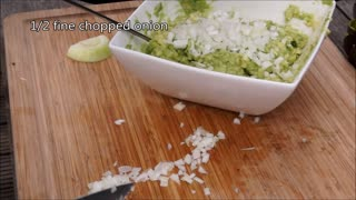 Pulled Pork & Gaucamole Nachos Video recipe - Home made Gaucamole recipe - Video