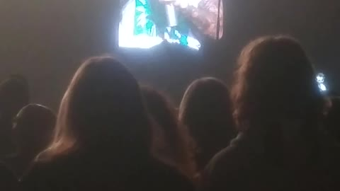 Hedley Cageless Tour - Jacob Hoggard takes audience members phone FUNNY!