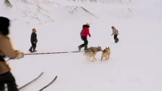 Norwegian kids train for Arctic adventure - Video