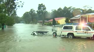 Heavy rains drench Australia's southern coast - Video