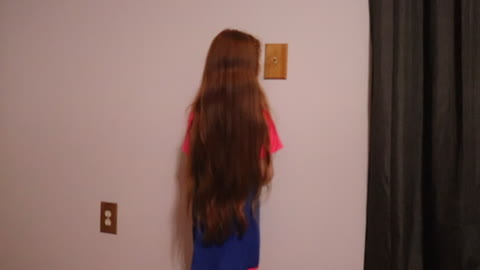 This Little Girls Hair is SO LONG!