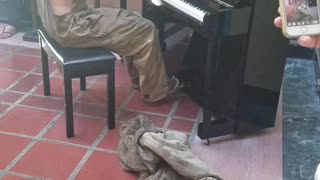Homeless Guy Playing Piano - Video