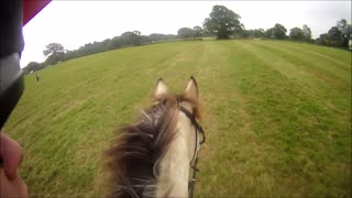 Horse riding fail - Video