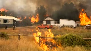 Wildfires rage, challenges abound in Washington - Video