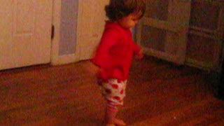 "Toddler Dances to ""Shotgun"" by Junior Walker & The All-Stars - Video"