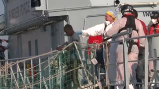 Migrants and refugees arrive in Sicily after sea rescue
