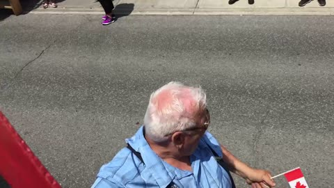 Old man's Hilarious dance moves