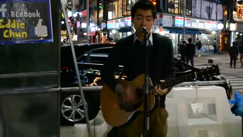 Korean Street Performer Gives Incredible Rendition Of John Mayer's Song