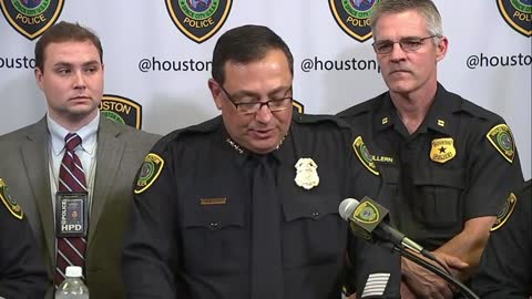 Houston Police Chief on NFL's Bennett: 'Pretty pathetic you'd put hands on 66-year-old parapalegic'