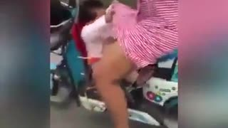 a Baby Took a Ride With Her Mom - Very Windy