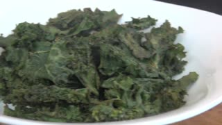 How to make Kale Chips - Video
