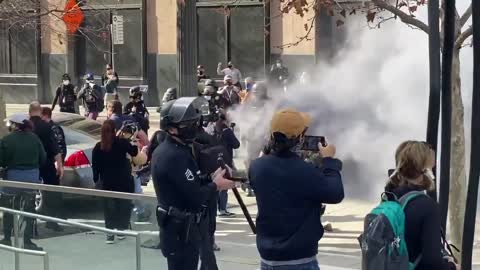 VIDEO: Brawl in Downtown LA Between Trump Supporters and Antifa Goons Part 2