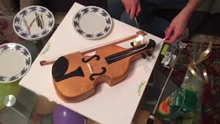 best cake-violin ever  - Video
