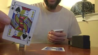 Man delivers powerful message through deck of playing cards - Video