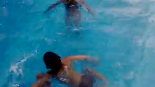 Children's are loving stay in the swimming pool and enjoy summer  - Video