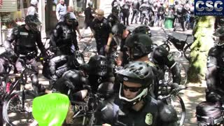 Seattle PD WRECK AntiFa Pissants After AntiFa Starts Pepper Spraying #MarchAgainstSharia Protesters