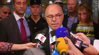 "U.S. citizens ""courageous"" in French train shooting - minister - Video"