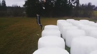 White cylinder backflip fail - Video