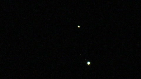 Incredible amateur footage of Saturn/Jupiter Conjunction with Jupiter Moons