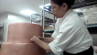Chef With No Hands Shows off Culinary Skills