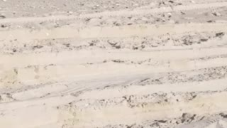 Land Rover Swamped on the Beach - Video