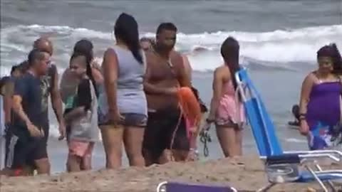 Rescue in Villa Gesell Woman caught in rip current pacifier