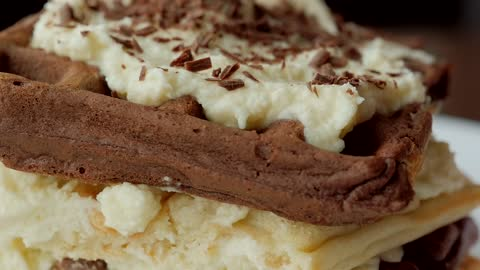 How to make tiramisu waffles