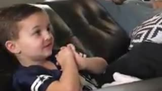 4-year-old can name almost every player in the NFL - Video