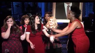 """Saturday Night Love"" women sing Christmas song for Robert Mueller"
