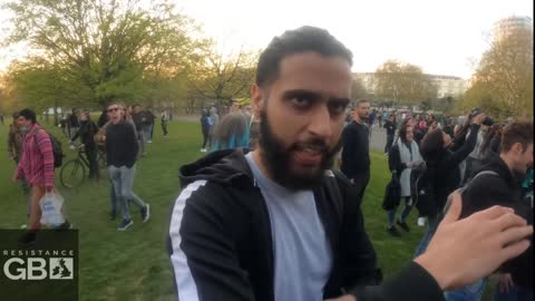 Police Chased Out of Hyde Park After Attacking Peaceful Protest