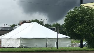 Tornado Touches Down in Iowa - Video