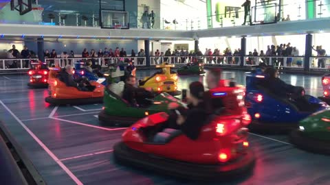BUMPER CARS OVATION OF THE SEAS - Ty The Hunter