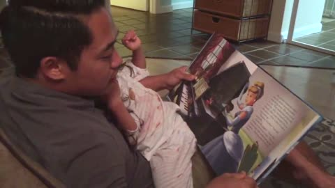 Motormouth dad reads Cinderella book ridiculously fast to daughter