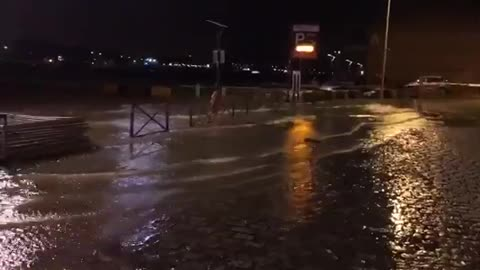 TempeteCiara in France: the Seine overflows in Rouen, the right bank quays are partially flooded