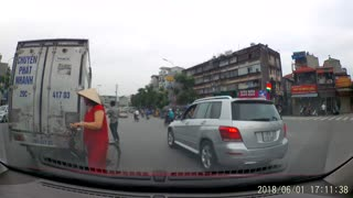 Showing off in Traffic Fail