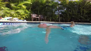 19 Month Old Amazingly Can Save Himself In The Pool - Video