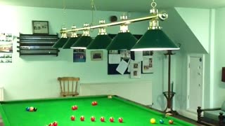 Player Performs Amazing 'Round The World' Snooker Trick Shot