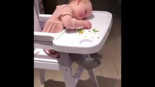 Toddler can't keep her head up to eat  - Video