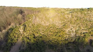 DJI phantom 2 around cliffs in edinburgh - Video