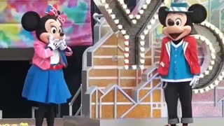 Minnie Mouse & Mikky Mouse Family Greet Audience on Stage After Big Show 2019