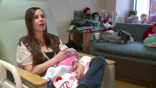 Husband's Illness Started with Bad Cold. Then He Forgot His Wife Was Nine Months Pregnant... - Video
