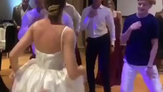 Top Bride and Grome dance in wedding party - Video