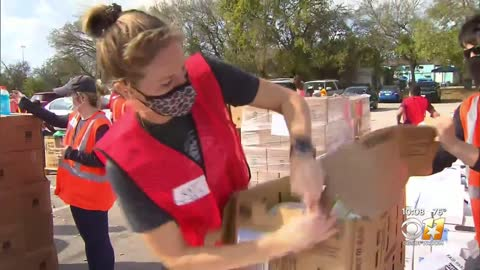 GLOBALISM WELCOME TO THE NEW NORMAL: Thousands of Desperate Texans Line Up for New-Age Breadlines